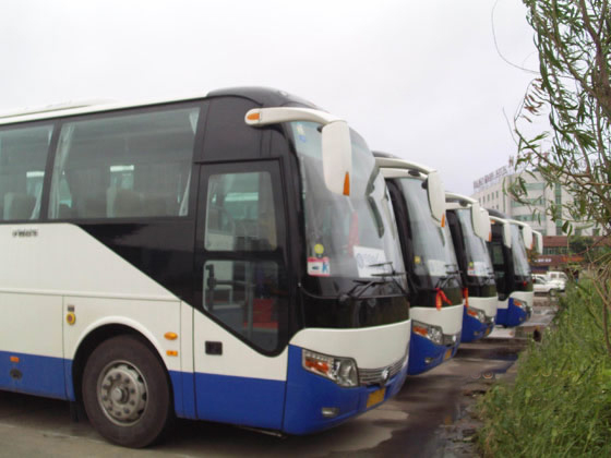北京租赁中巴车